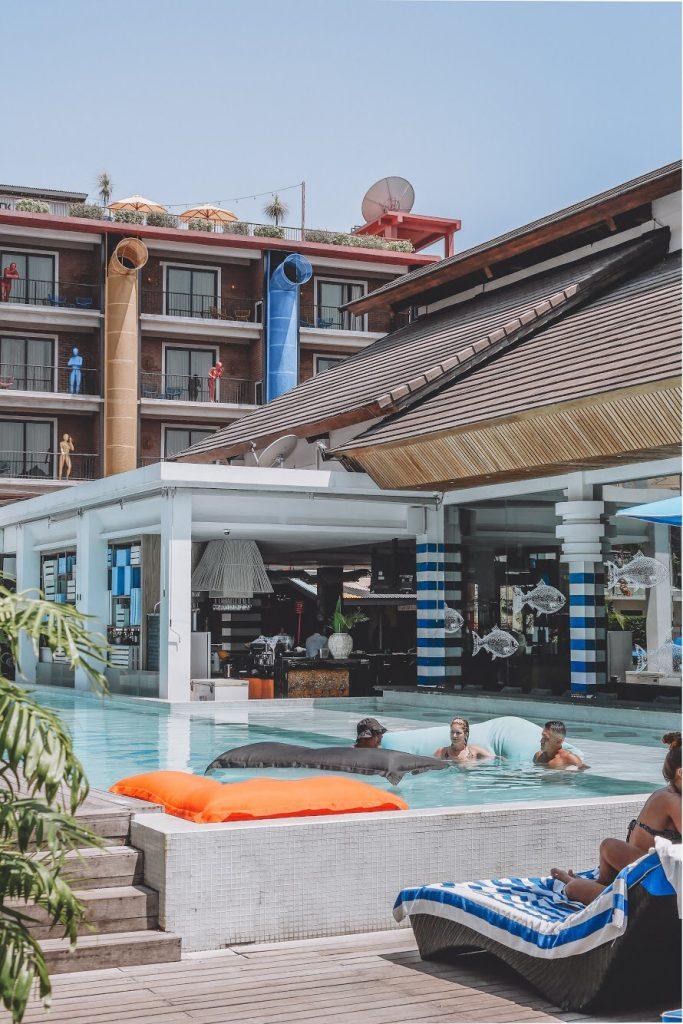 Sarapan enak di Bali : Area Pool yang menyenangkan